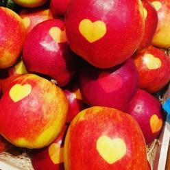 Apples at Feinkost Böhm